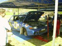 blauer-mazda-323.jpg