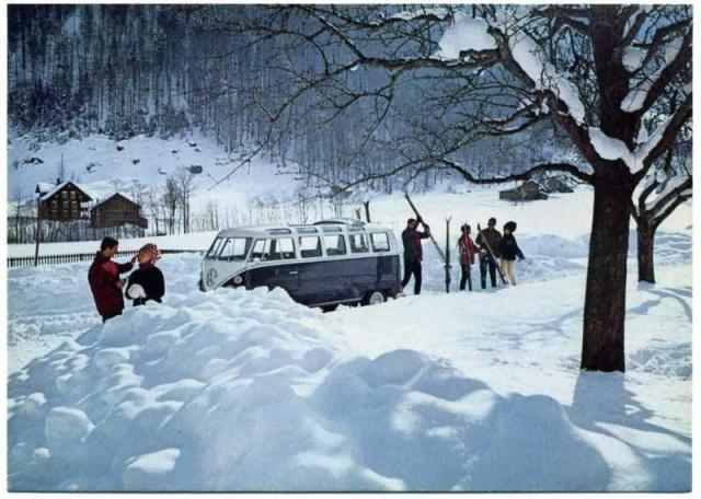 vw-bus-t1-samba-im-winter.jpg
