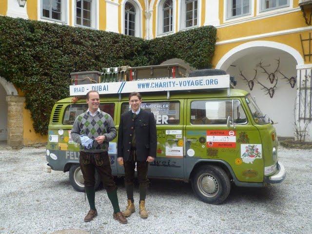 vw-bus-t2-charity-voage-wien-dubai.jpg