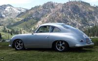 porsche-356-mit-fuchsfelgen-auf-dem-berg.jpg