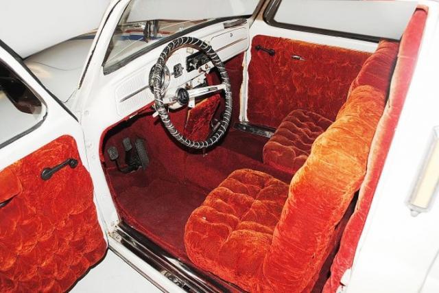 vw-kafer-herbie-limousine-innenraum.jpg