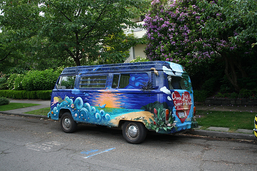 vw-bus-kunstbemalung.jpg