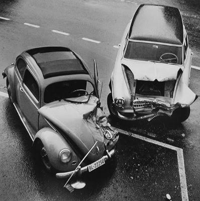 vw-kafer-unfall-foto-mit-anderem-auto.jpg