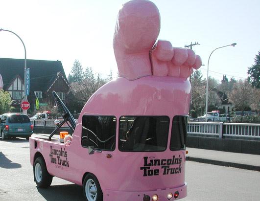 vw-bustoe-truck-art-truck.jpg