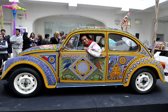 The Vocho VW Käfer Kunst Auto mit Beads