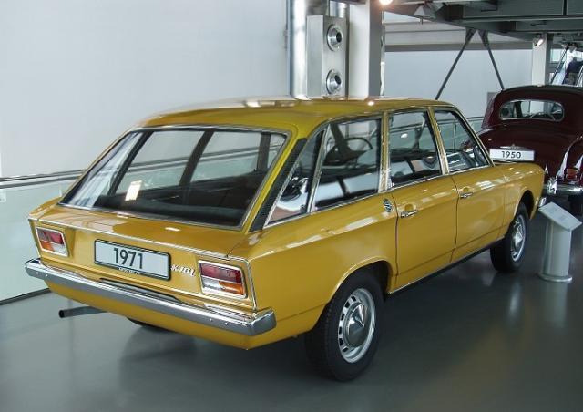 vw-k70l-variant-1971.jpg