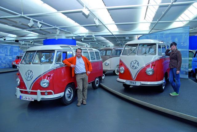vw-samba-bus-domenico-saccotelli-zwillinge-50-jahre-1962.jpg