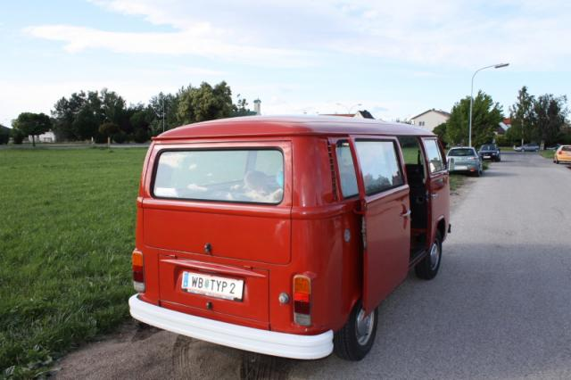 VW Bus T2 rot