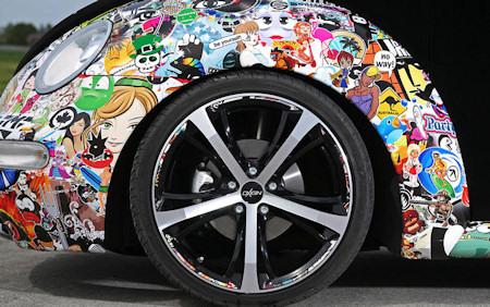 stickerbombing-vw-beetle-cabrio-cfc.jpg