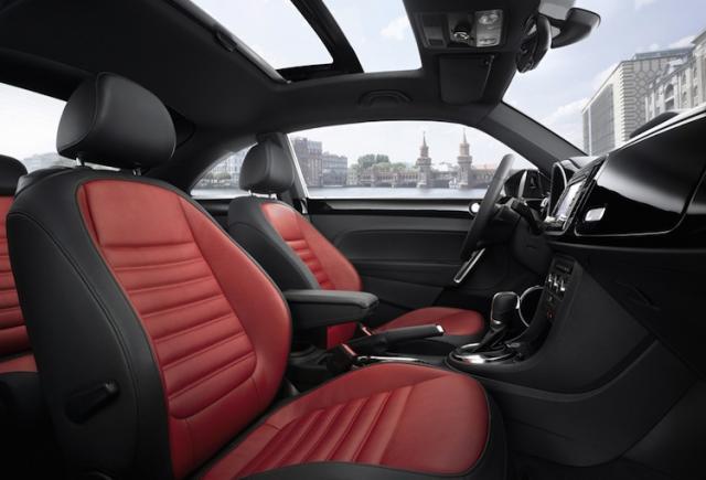 vw-neuer-beetle-sitze-cockpit.jpg