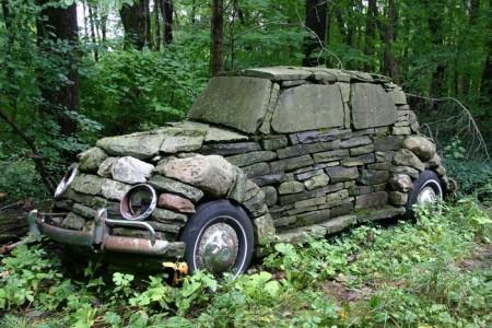 VW Käfer aus Stein