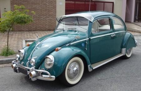 VW Käfer mit viel Zubehör
