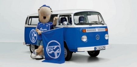 Schalke Bulli Charly VW Bus T2