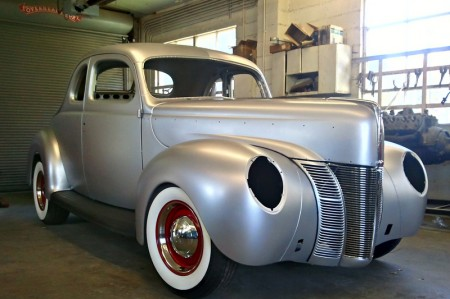 Ford-Rohkarosserie-1940er-Coupe-Umbau-Restauration