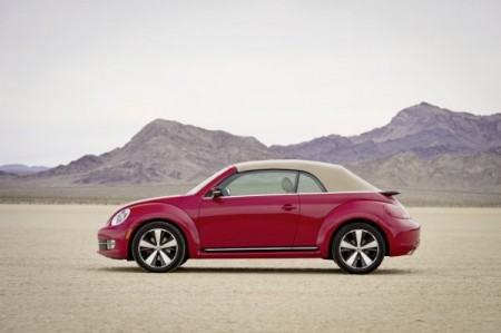 VW Beetle Cabriolet geschlossen neu