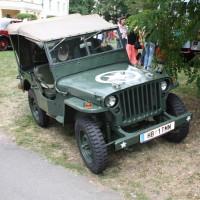 Oldtimertreffen Pinkafeld 2013 Jeep Seitenlage