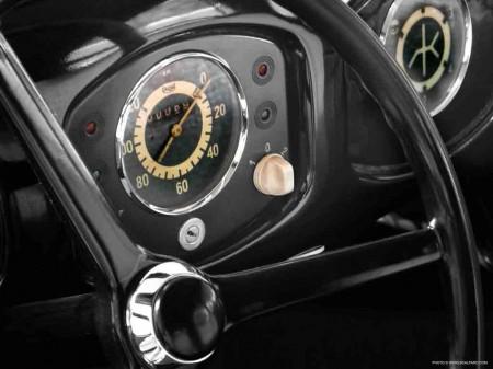 Brezelkäfer_3806_Watch_engineered_by_Scalfaro_Speedometer_Gearshift
