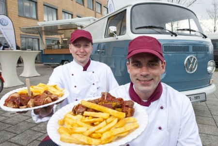 VW-Currywurst wird 40 VW Bus