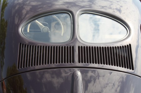 VW Käfer mit Brezel Fenster