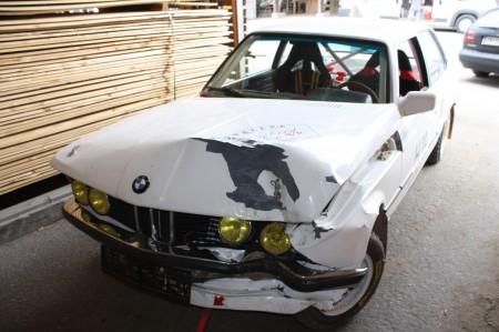 Mögliche Reparaturen an einem Auto