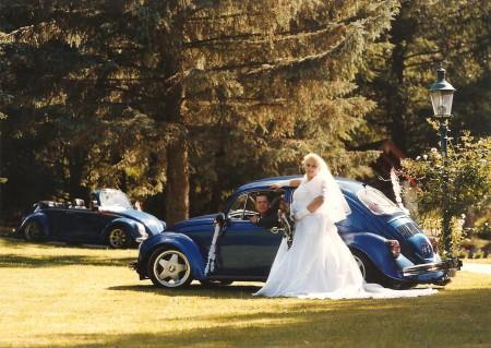 VW Käfer Cabriolet blau Hochzeit