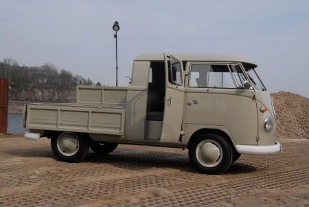 VW Bus Doka