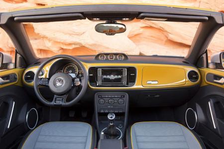 VW Beetle Dune Innenraum