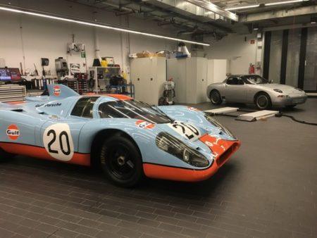 Werkstatt des Porsche-Museums Porsche 917 1969 und Roadster-Studie Typ 984 1984 87