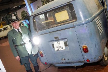 VW T1 Bus Radarmesswagen 1953 Heck